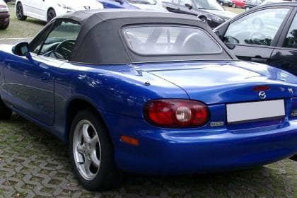 Mazda_MX-5_rear_20080711