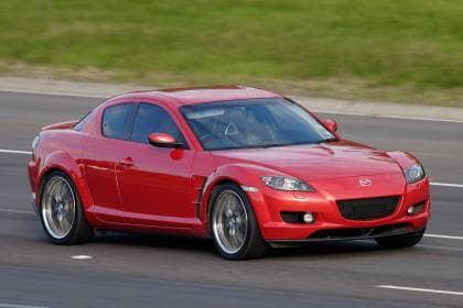 Mazda_RX-8_on_freeway
