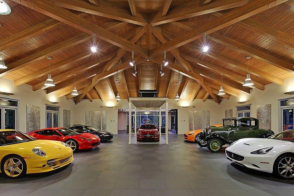 Garaż z 10 wymarzonymi wozami