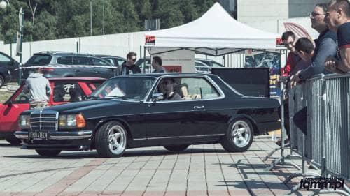 Inheba Autosalon Mercedes-Benz W123 TorquedMad Mind - blog motoryzacyjny