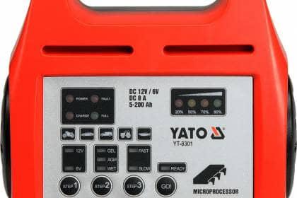 Prostownik Yato YT-8301 narzędzia blog motoryzacyjny TorquedMad Mind